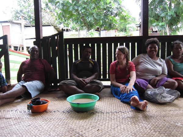 Drinking cava in the community
